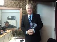 Advogado Eduardo Leite esclarece dúvidas sobre alienação parental aos ouvintes do programa Justiça Para Todos