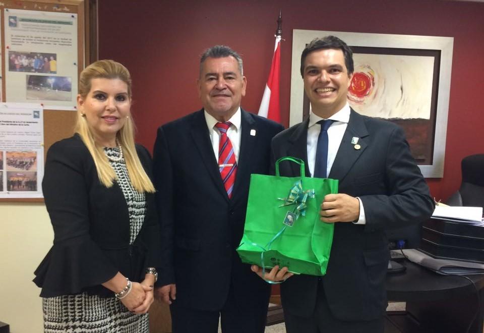 Representante da AMAPAR estabelece aproximação com associação da magistratura paraguaia