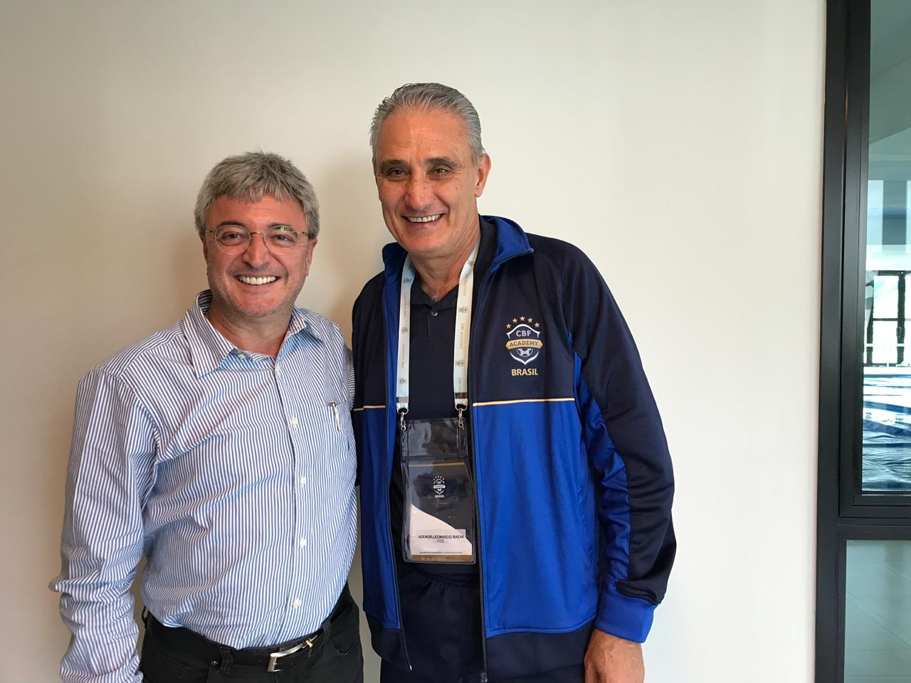 Desembargador Roberto Bacellar participa de evento da CBF com os principais técnicos do País
