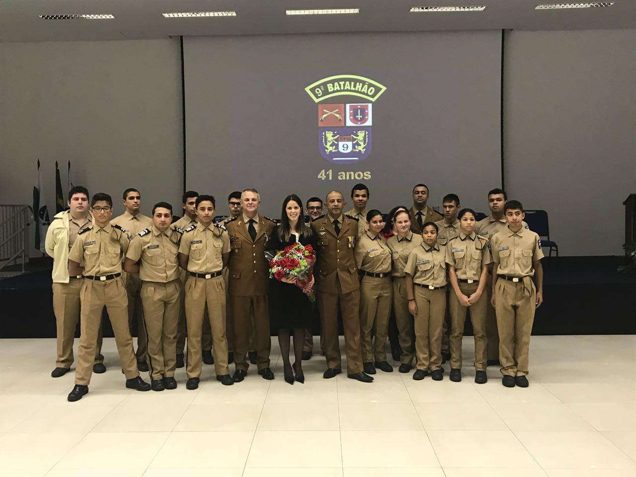 Juíza da Comarca de Pontal do Paraná recebe homenagem da Polícia Militar