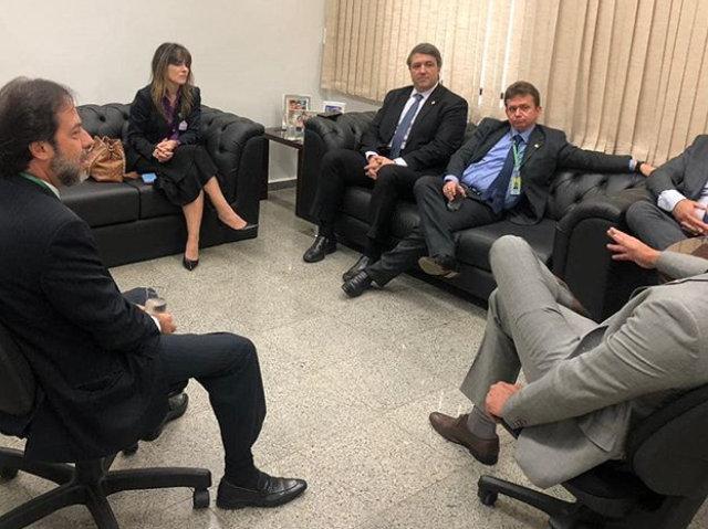 Presidente da AMAPAR participa de reunião no Senado para tratar de temas de interesse da magistratura