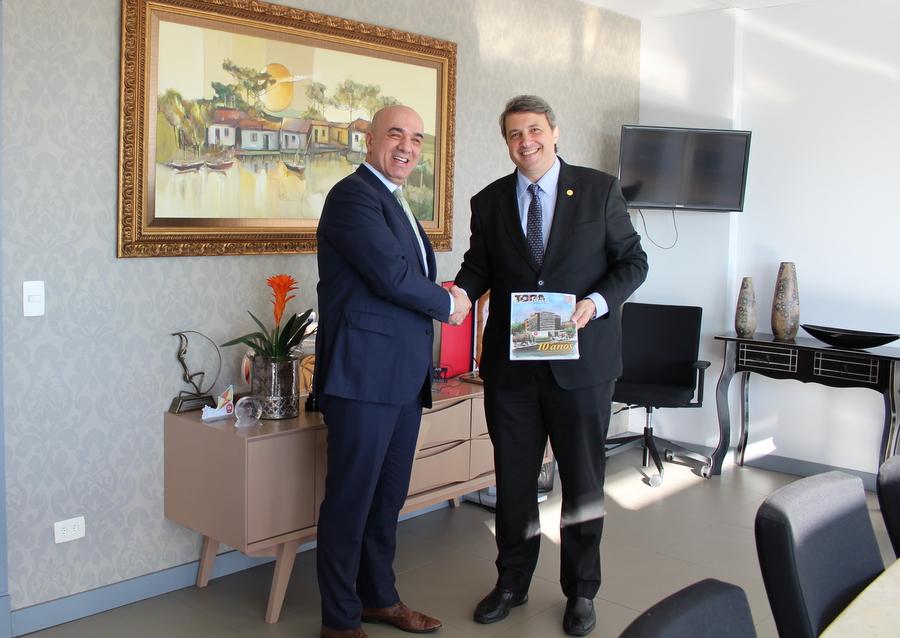 Representante do consulado da Croácia visita a AMAPAR