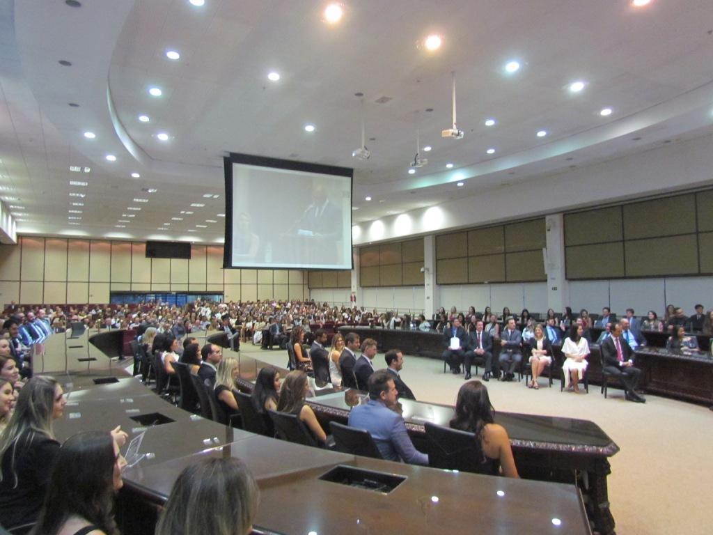 Em tom de despedida, desembargador José Laurindo de Souza Netto empossa alunos da EMAP