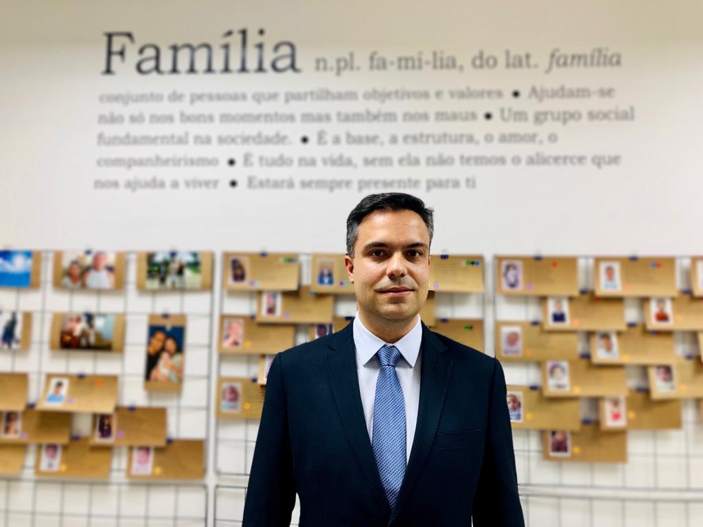 Juiz Fábio Brandão fala à imprensa sobre o trabalho eficaz do Judiciário paranaense na área de adoção