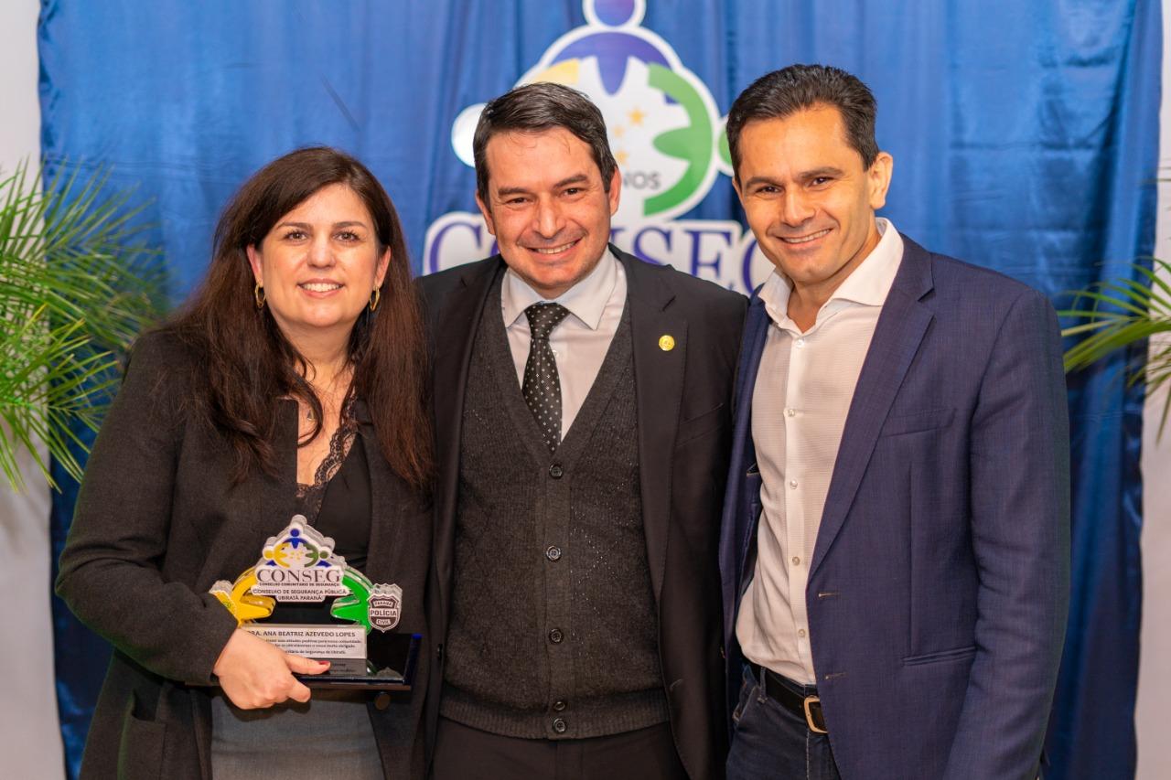 Ubiratã faz noite de reconhecimento à magistratura paranaense com entrega de título de cidadão honorário