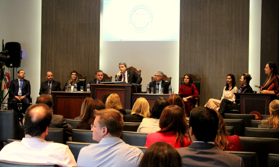 AMAPAR e EMAP iniciam curso de formação com a participação de 50 magistradas e magistrados