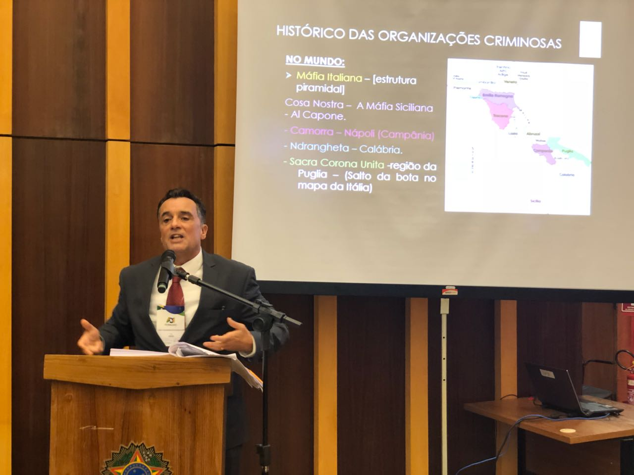 Diretor-geral da EMAP fala sobre crime organizado durante painel no encontro do FONAJUC