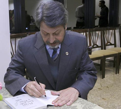 Desembargador Joatan Marcos de Carvalho apresenta a obra