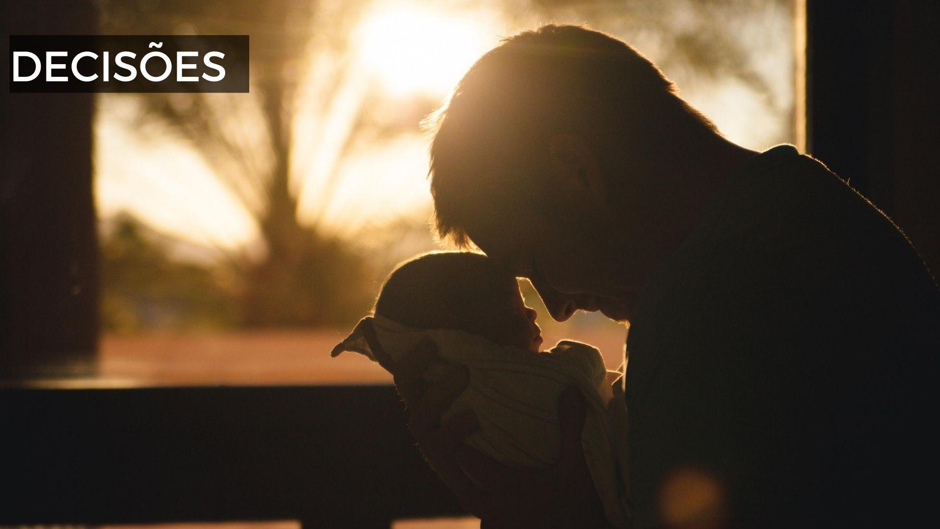 Juíza de Paranavaí estende a um pai direitos garantidos na licença-maternidade