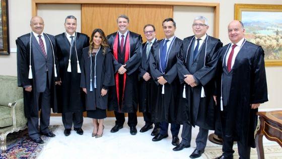 Presidente da AMAPAR prestigia posse da nova juíza substituta e ressalta a importância do elevado cargo