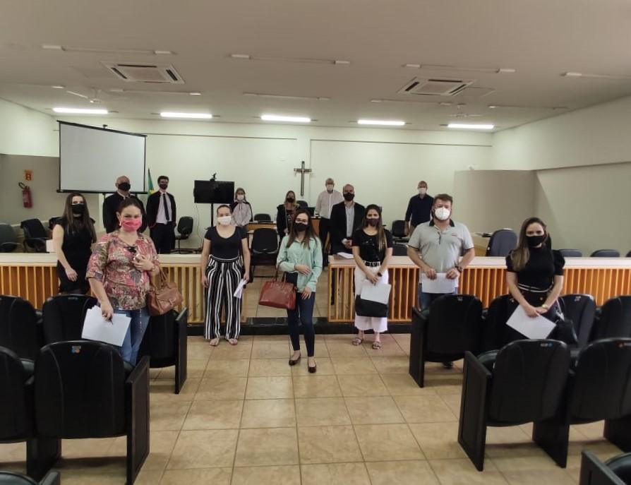 Com serenidade e grande atenção aos cuidados sanitários, juíza retorna às atividades presenciais em Arapongas