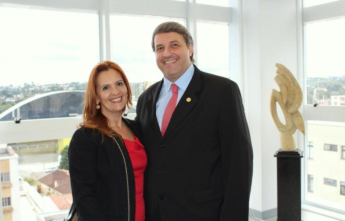 Nova presidente da Associação Paranaense de Magistrados e Promotores da Infância e Juventude e Família fala à AMAPAR