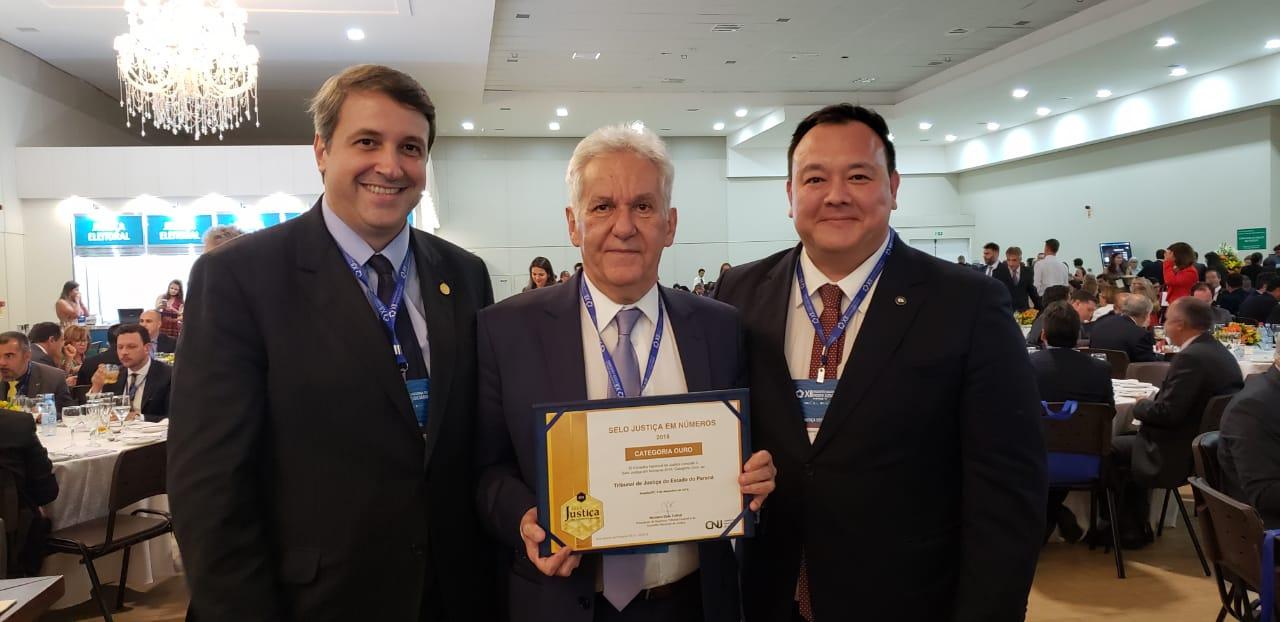 """Poder Judiciário do Paraná conquista """"selo ouro"""" do CNJ e presidente da AMAPAR ressalta dedicação da magistratura"""