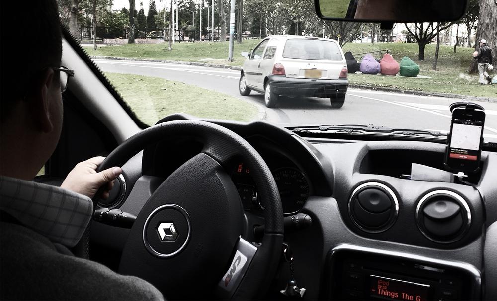 Juiz de Foz determina a liberação de dois veículos de motoristas do aplicativo Uber