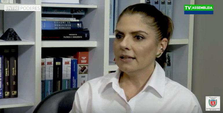 Juíza Vanessa Jamus Marchi fala à TV da ALEP sobre o programa Eficiência na Judicialização da Saúde Suplementar